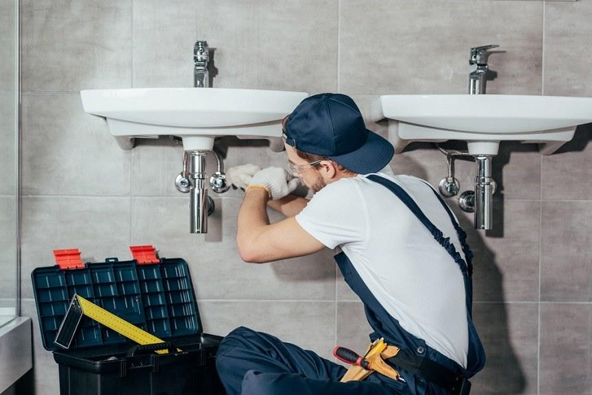 Как решать проблемы с сантехникой у себя дома?