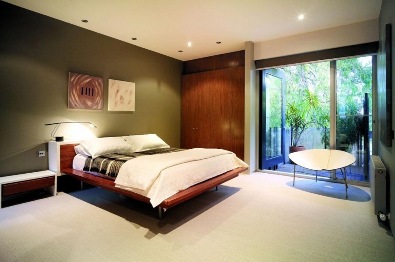 Как сделать спальню более расслабляющей?