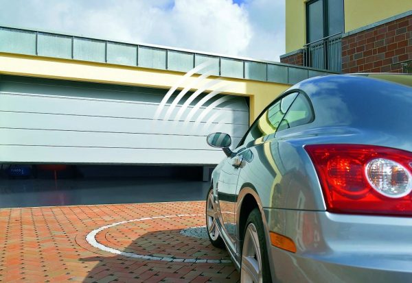 Как устроены автоматические гаражные ворота
